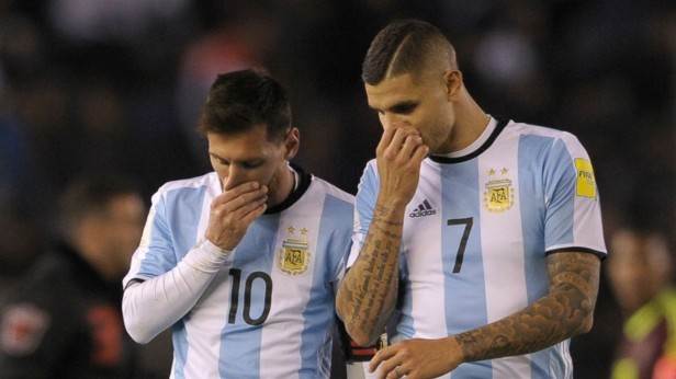 Messi and Icardi (Credit: goal.com)